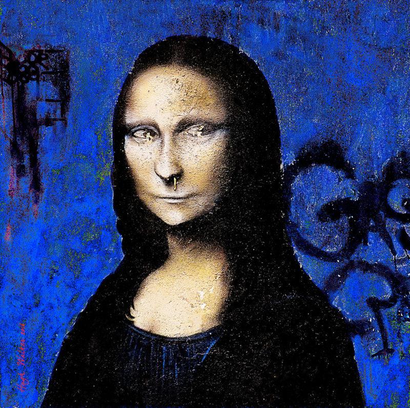 Lisa (blue)